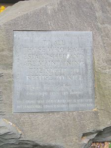 Conscientious Objector memorial, Tavistock Sq Gardens, Rotatebot User