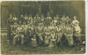 George Whelan (front right) with other military patients at Birkenhead, 1918