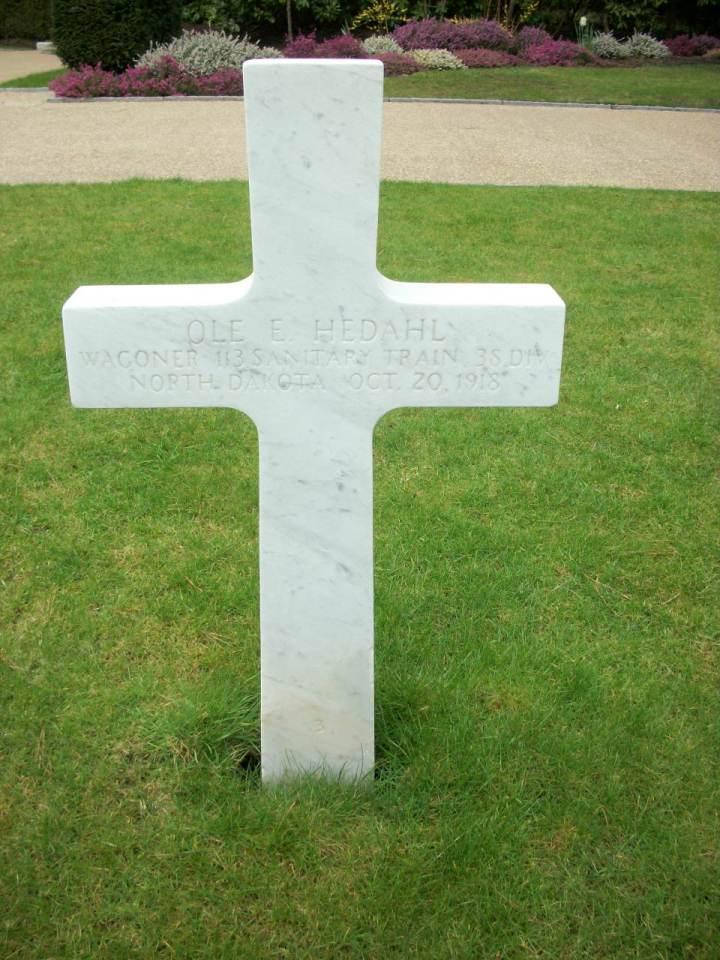 Ole Hedahl's grave, Brookwood Cemetery