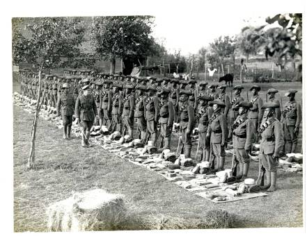 gurkhas-at-kit-inspection